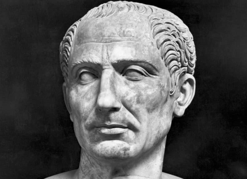 Julio Cesar Militar Y Politico Romano